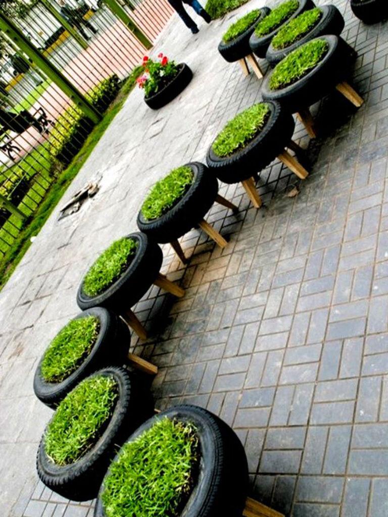 régi abroncsból kerti bútor
